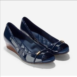 COLE HAAN Navy Blue Patent Leather Wedge -Sz 8